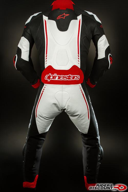 Atem_suit_black_red-2