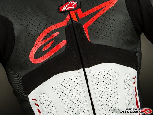 Atem_suit_black_red-3