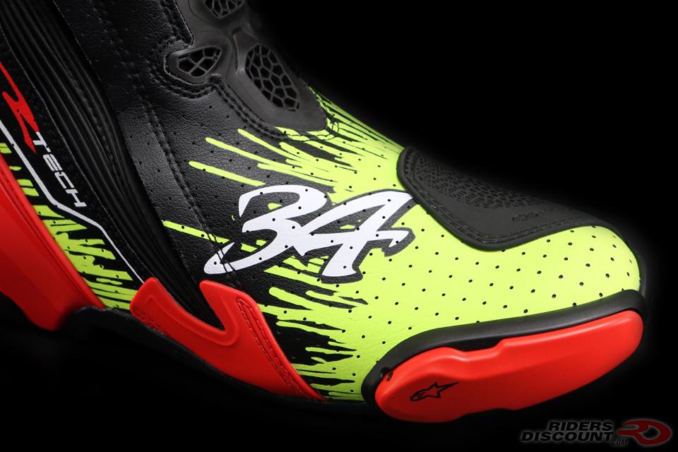 alpinestars_schwantz_supertech_r_boots_toe_detail