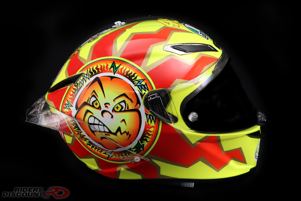 agv_pista_gp_r_valentino_rossi_20_years_sun_side