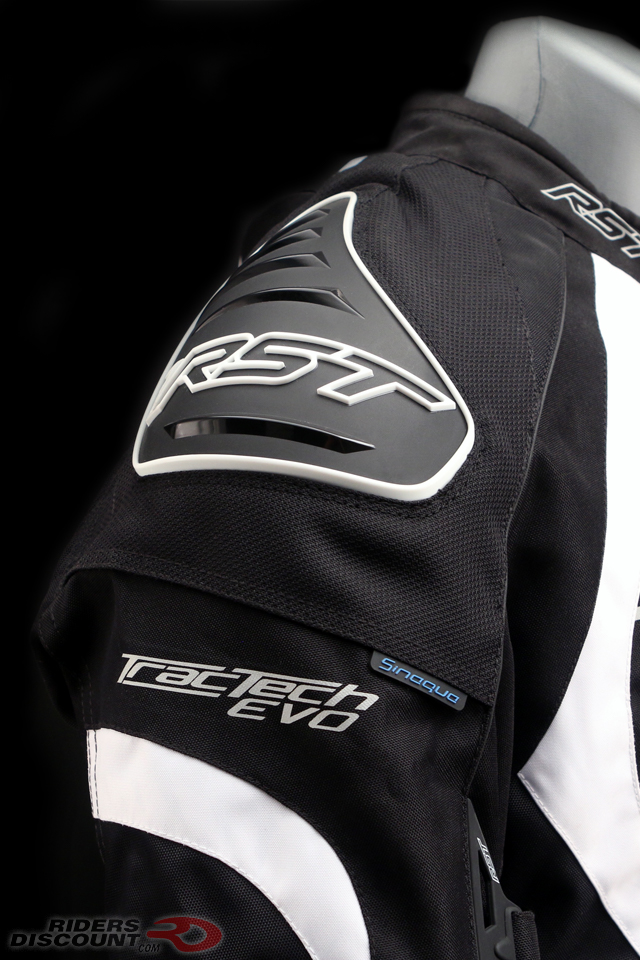 rst_tractech_evo_2_armored_textile_jacket_shoulder_detail