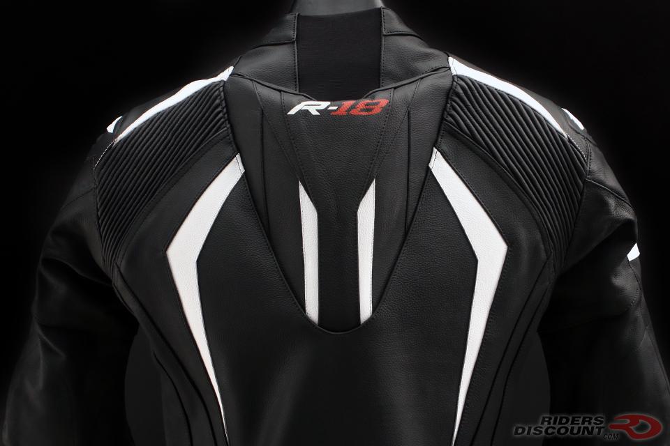 rst_r18_suit_back_detail